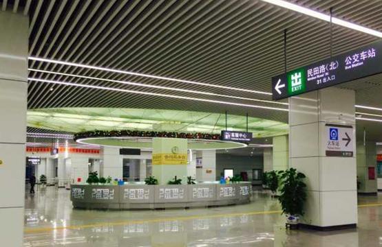 深圳轻质复合墙板安装----福田地铁站