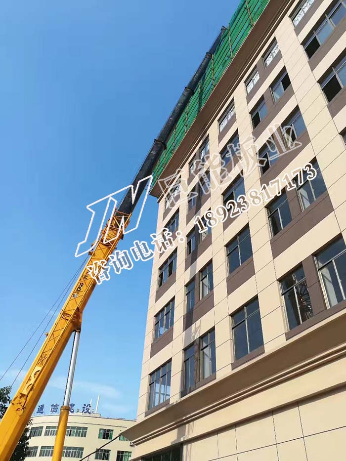 新型grc轻质隔墙板施工工艺和流种,现场高空吊材料